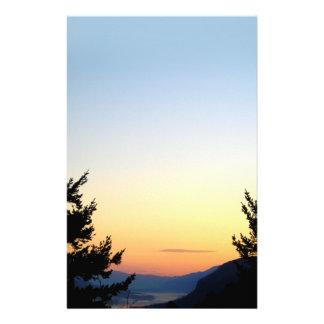 Efectos de escritorio de la salida del sol de la personalized stationery