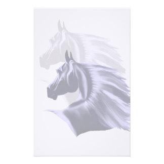 Efectos de escritorio de la silueta del caballo papelería