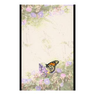Efectos de escritorio de las flores de mariposa de papeleria personalizada