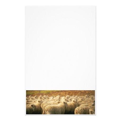 Efectos de escritorio de las ovejas papeleria de diseño
