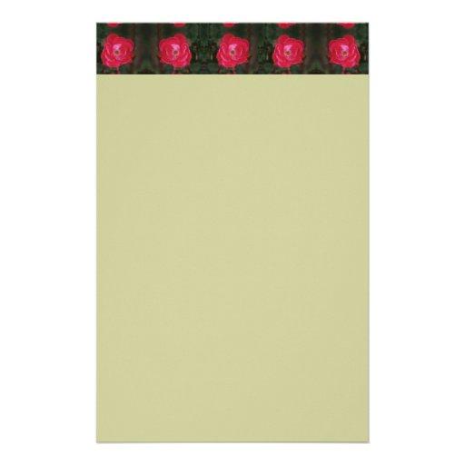 Efectos de escritorio de los rosas rojos papelería