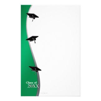 Efectos de escritorio de papel verdes de nota de l papeleria