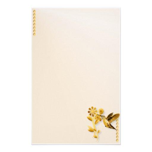 Efectos de escritorio del colibrí del oro papelería personalizada