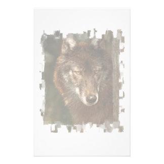 Efectos de escritorio del lobo solitario papelería personalizada