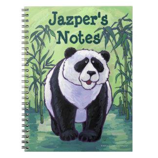 Efectos de escritorio del oso de panda libreta espiral
