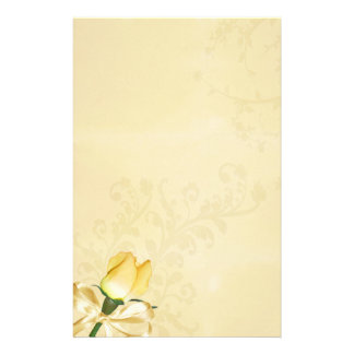 Efectos de escritorio del vintage del rosa amarill  papeleria de diseño