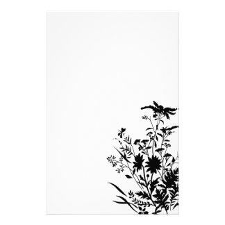 Efectos de escritorio florales de la silueta blanc papeleria de diseño