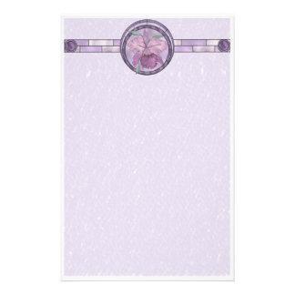 Efectos de escritorio florales del iris papelería de diseño