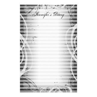 Efectos de escritorio grises del diario de Strpe d Papeleria De Diseño