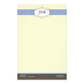Efectos de escritorio modificados para requisitos  papelería de diseño