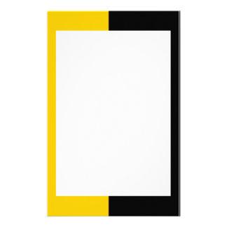 Efectos de escritorio negros y amarillos papeleria