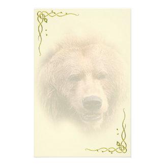 Efectos de escritorio personales del oso grizzly papeleria de diseño
