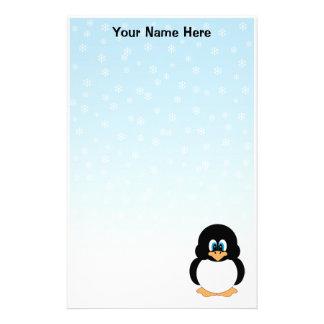 Efectos de escritorio personalizados del pingüino papeleria de diseño