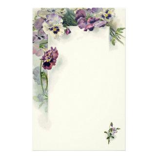 Efectos de escritorio púrpuras del vintage de los  papeleria
