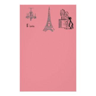 Efectos de escritorio rosados franceses de la moda papeleria
