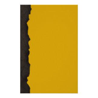Efectos de escritorio secados de la tierra  papeleria de diseño