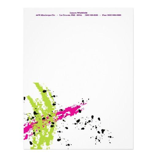 Efectos de escritorio verdes rosados del papel con plantilla de membrete
