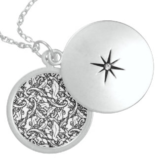 Efficient Right Agreeable Instant Locket Necklace