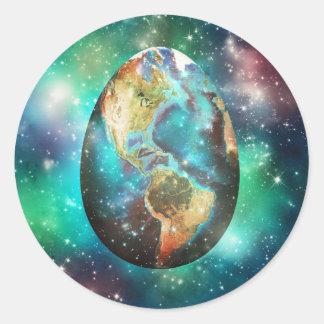Egg Earth Classic Round Sticker