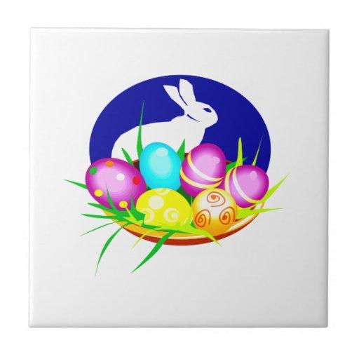 Eggs el óvalo azul graphic.png del conejito azulejo cuadrado pequeño