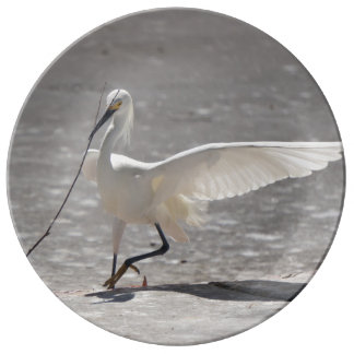 "Egret en vuelo 10,75"" placa de la porcelana platos de cerámica"