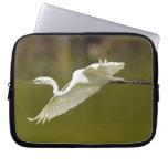 egret en vuelo fundas ordendadores