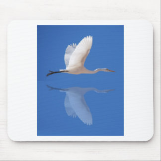 Egret flying mouse pad