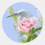 Egret nevado y pegatina color de rosa rosado