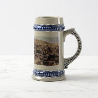 Egypt, 1975 18 oz beer stein