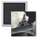 Eiffel en blanco y negro imán
