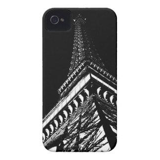 Eiffel en la noche iPhone 4 fundas