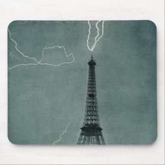 Eiffel Towe Struck Mouse Pad