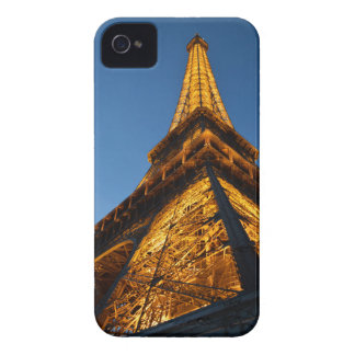 Eiffel Tower at dusk iPhone 4 Cover