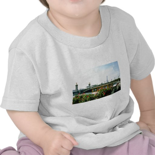 Eiffel Tower, barges, Paris, France  flowers Tee Shirts