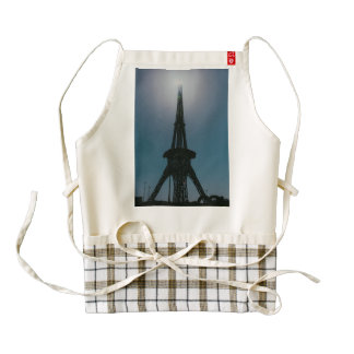 Eiffel tower, Dubai Miracle Garden Zazzle HEART Apron