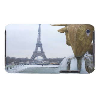Eiffel tower in winter 2 Case-Mate iPod touch case