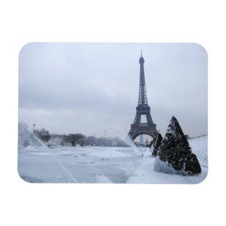 Eiffel tower in winter magnet