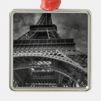 eiffel tower metal ornament
