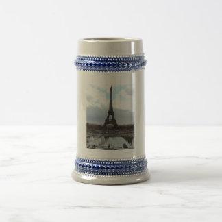 Eiffel Tower 18 Oz Beer Stein