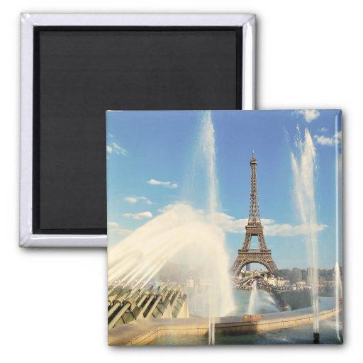 EIFFEL TOWER  PARIS FRANCE 2 INCH SQUARE MAGNET