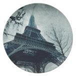 eiffel tower souvenirs dinner plate