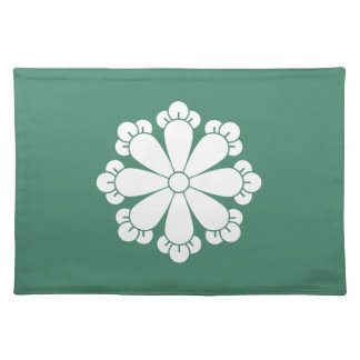 Eight cloves placemat