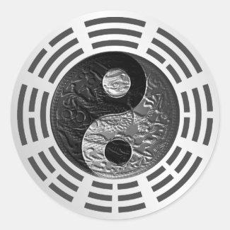 Eight Trigrams Yin Yang Embossed Dragon (size L)