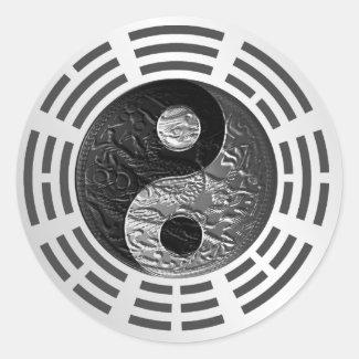 Eight Trigrams Yin Yang Embossed Dragon (size S)
