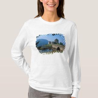 Eilean Donan Castle, Highlands, Scotland 2 T-Shirt