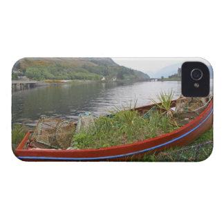 Eilean Donan Castle, Scotland. The famous Eilean 4 iPhone 4 Cases