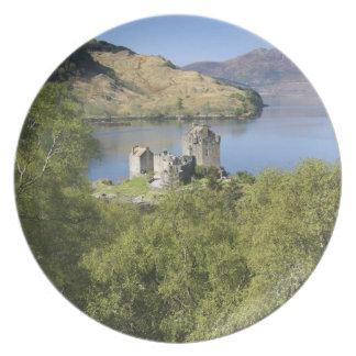Eilean Donan Castle, Scotland. The famous Eilean Melamine Plate