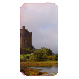 Eileen Donan Castle in Early Autumn iPhone 6/6s Wallet Case