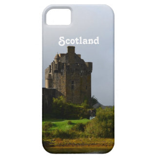 Eileen Donan Castle in Early Autumn iPhone SE/5/5s Case