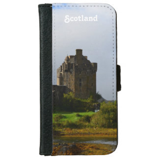 Eileen Donan Castle in Early Autumn Wallet Phone Case For iPhone 6/6s